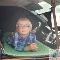 lit enfant, couchette pour fourgon aménagé, van et camping-car dans opel vivaro, renault trafic, nissan primastar