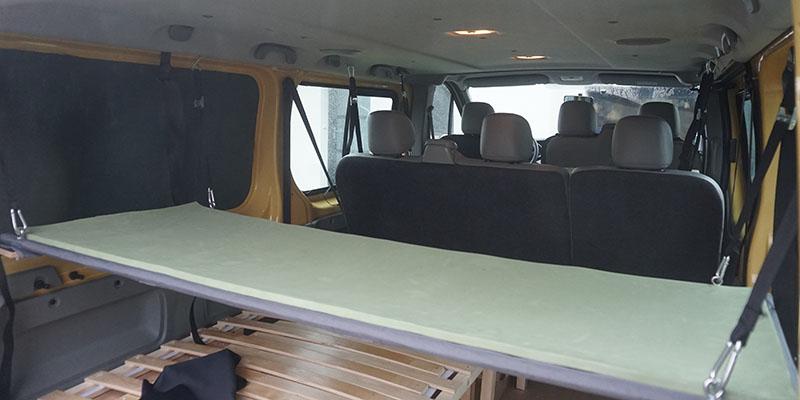 position arrière lit fourgon aménagé ou van
